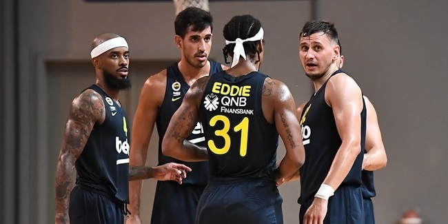 Preseason: Efes, Fenerbahce roll to wins