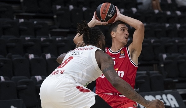 Reds rally past Bayern 82-68