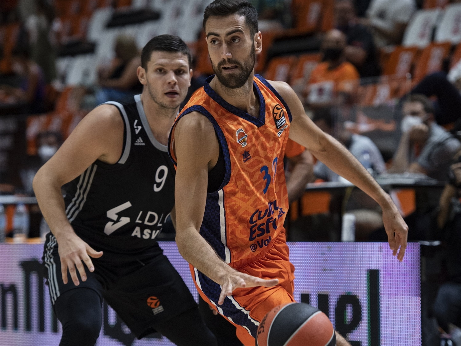 Joan Sastre - Valencia Basket - Preseason Tournament Valencia 2020 - EB20