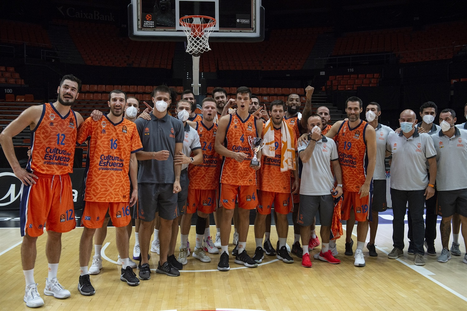 Valencia Basket celebrates - Preseason Tournament Valencia 2020 - EB20