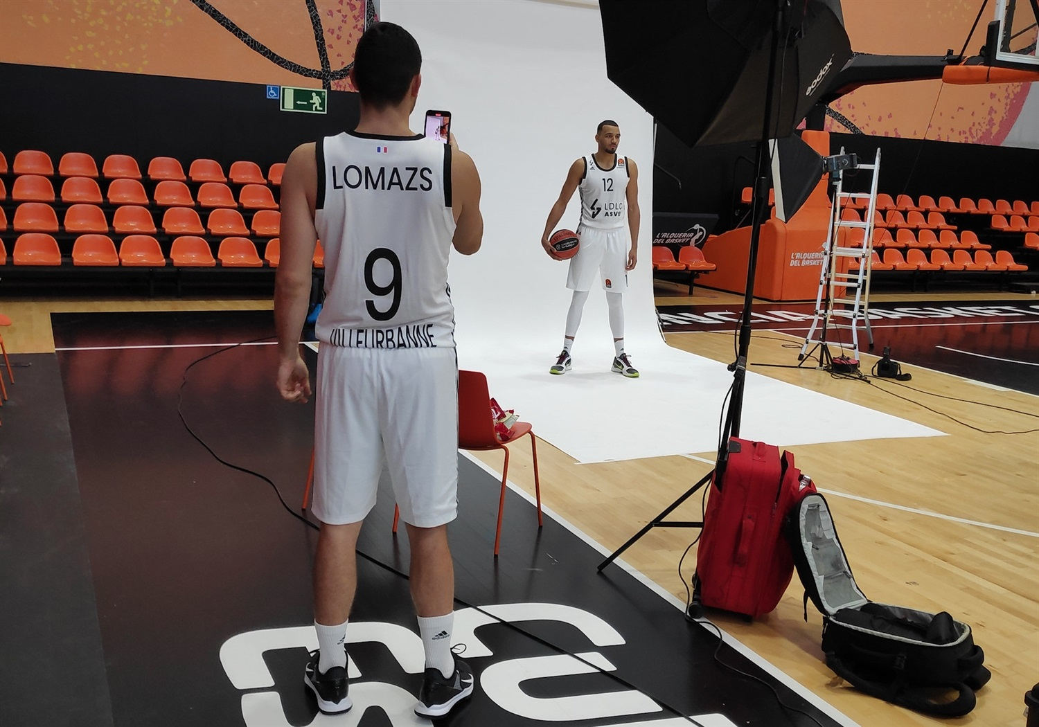 Amine Noua - LDLC ASVEL Villeurbanne Media Day - EB20