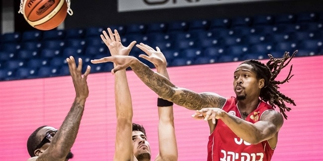 Terry reinforces Zvezda ahead of season