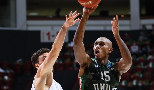 Jamar Smith saved the day for UNICS