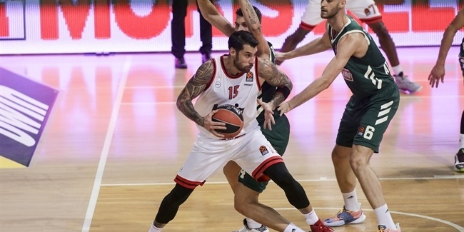 Printezis, Spanoulis led Olympiacos with points, words