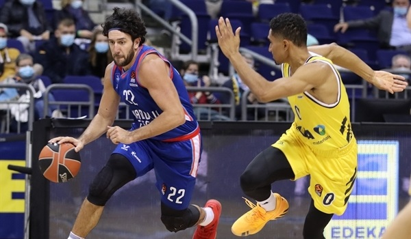 RS3 Report: Micic, Pleiss lead Efes past ALBA