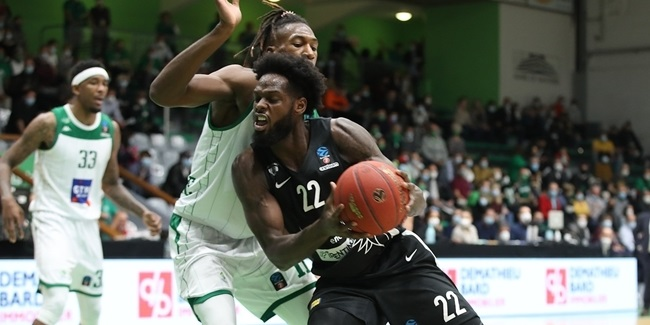 Stellar defense, clutch plays kept Trento perfect