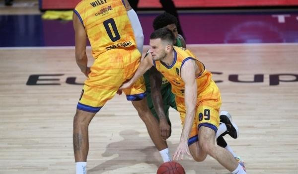RS04 Report: Gran Canaria demolishes Bursaspor from long range