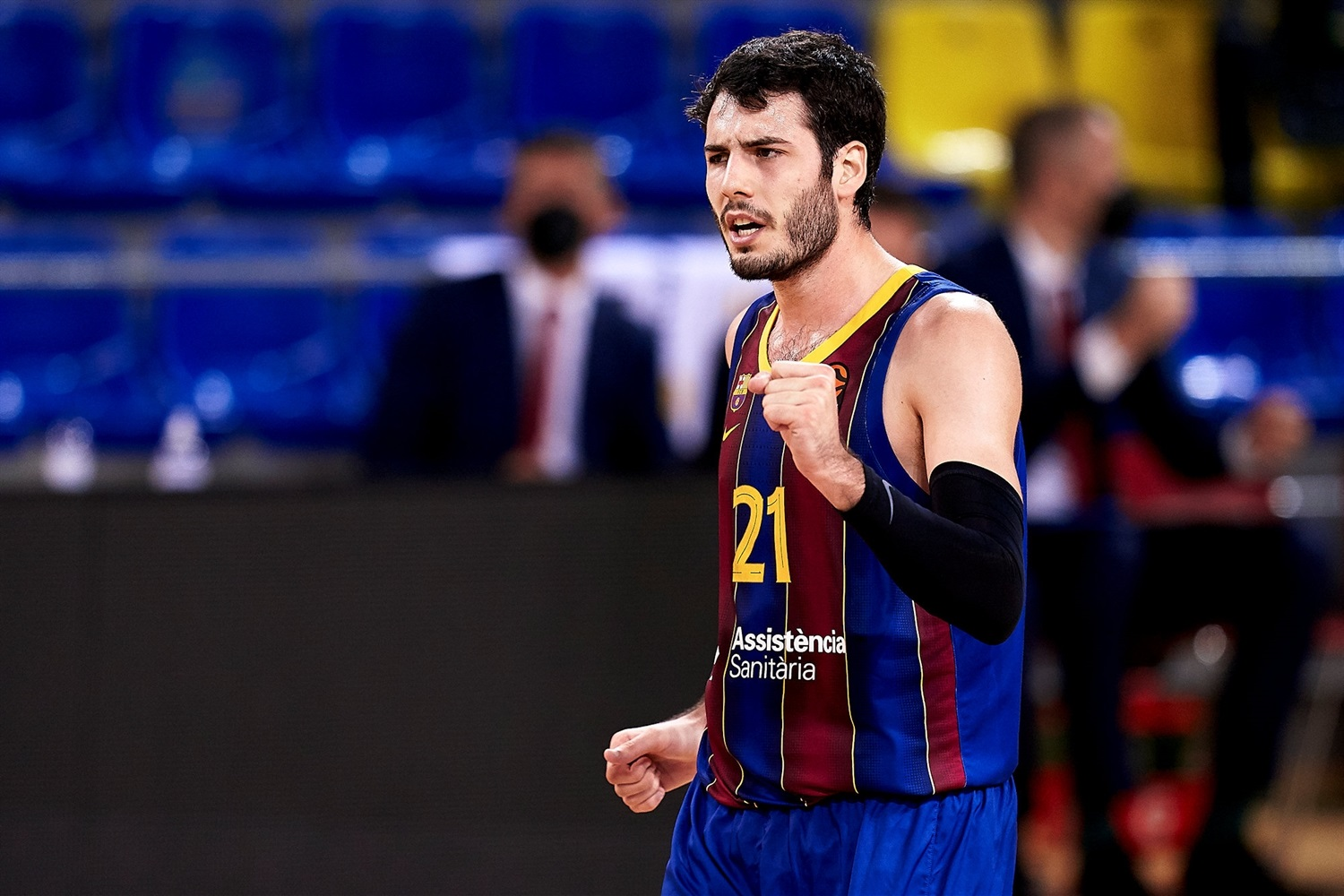 Alex Abrines celebrates - FC Barcelona - EB20