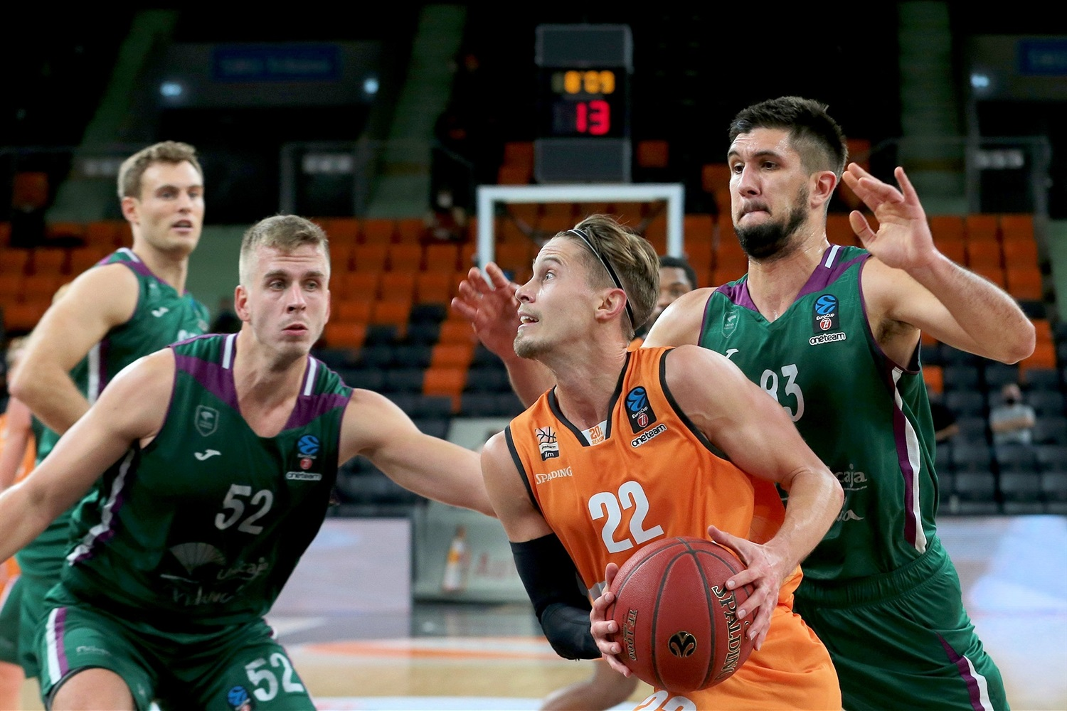Thomas Klepeisz - ratiopharm Ulm (photo Ulm - Harry Langer) - EC20