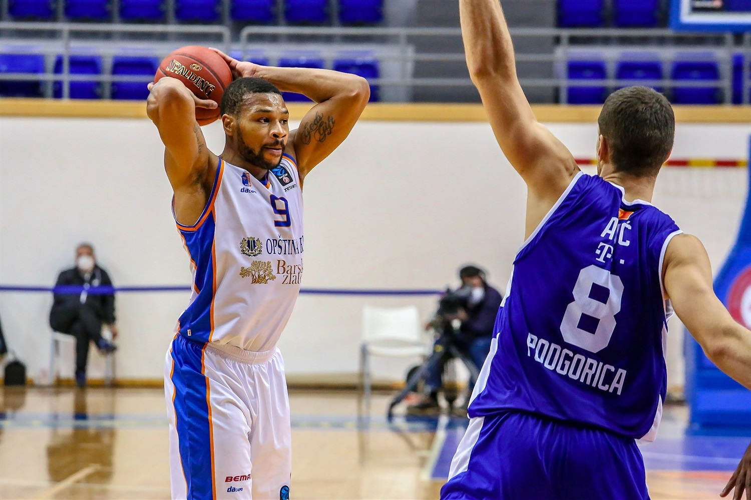 Taylor Smith - Mornar Bar (photo Mornar) - EC20