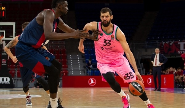 Barcelona rallies past Baskonia