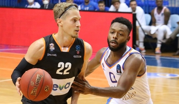 Ulm extends Klepeisz for three years