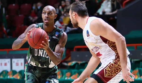 RS06 Report: Smith makes history as UNICS defeats Reyer