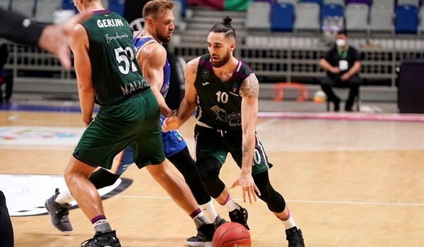 RS07 Report: Unicaja hits 16 threes in home win