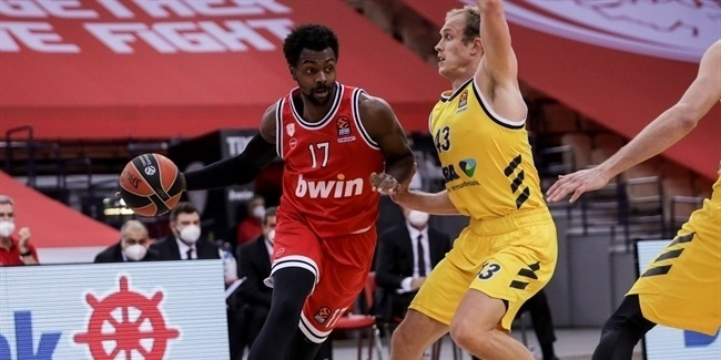 RS Round 8: Olympiacos Piraeus vs. ALBA Berlin