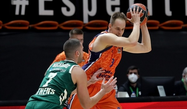 RS9 Report: Valencia outlasts Panathinaikos at home