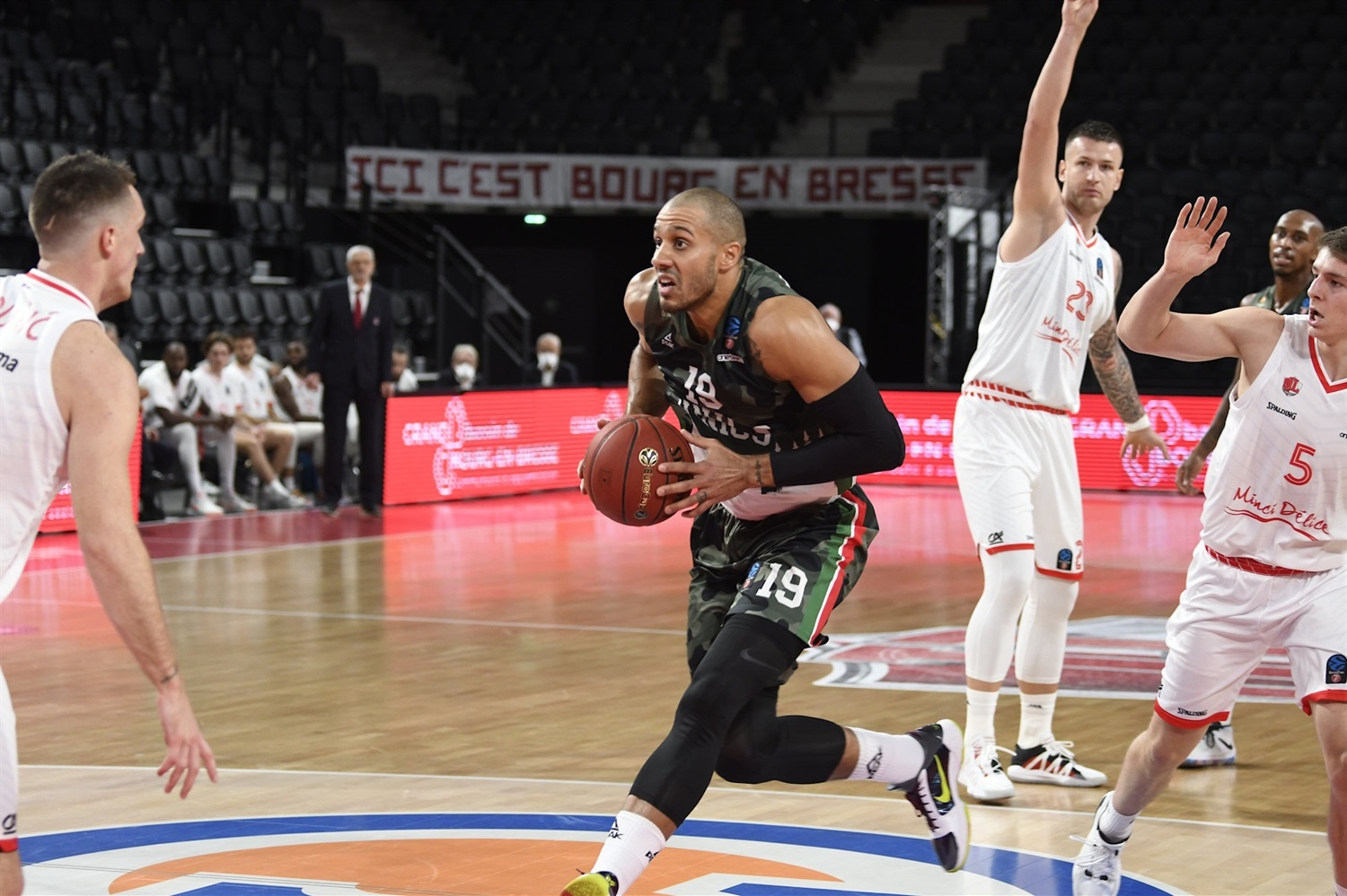 Jordan Morgan - UNICS Kazan (photo Bourg - Jacques Cormareche) - EC20