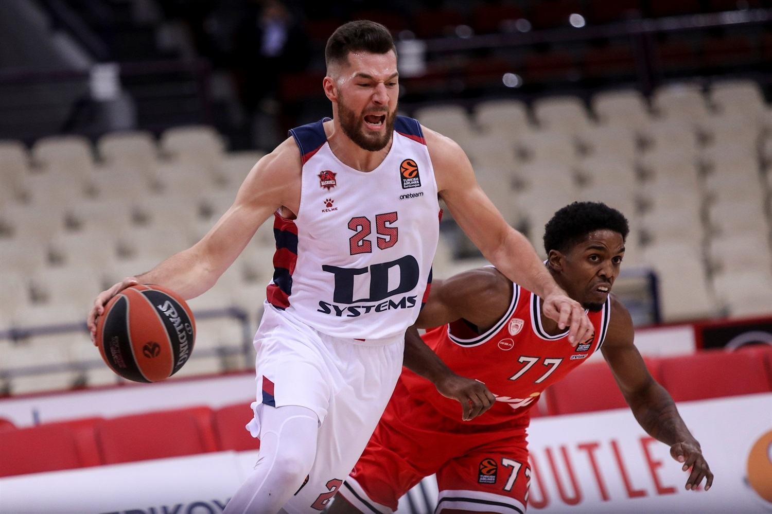 Alec Peters - TD Systems Baskonia Vitoria-Gasteiz - EB20