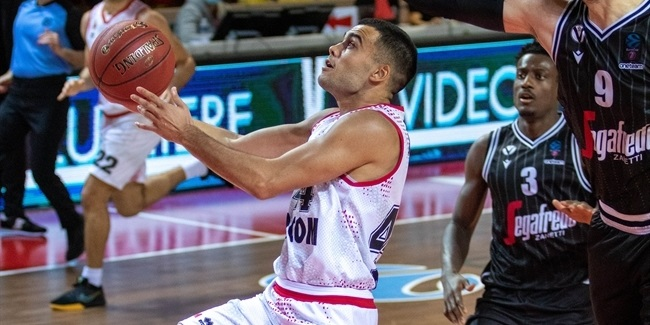 Nanterre boosts backcourt with Rebic, Reed