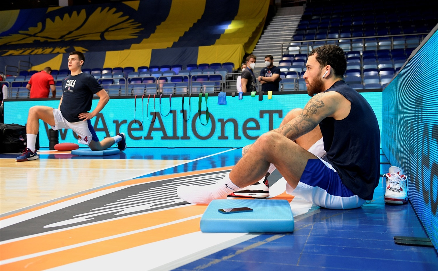 We Are All One Team - Khimki Moscow Region vs. CSKA Moscow - EB20