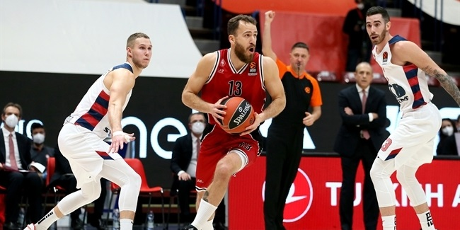RS Round 16: AX Armani Exchange Milan vs. TD Systems Baskonia Vitoria-Gasteiz