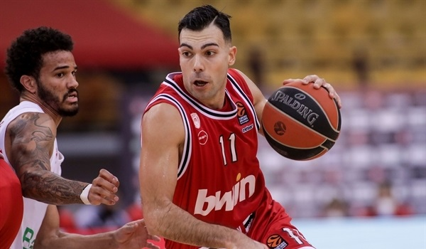 RS18 Report: Olympiacos takes dramatic win over Bayern