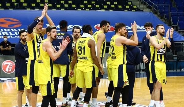 RS19 Report: Fenerbahce sets club assist record with Baskonia rout