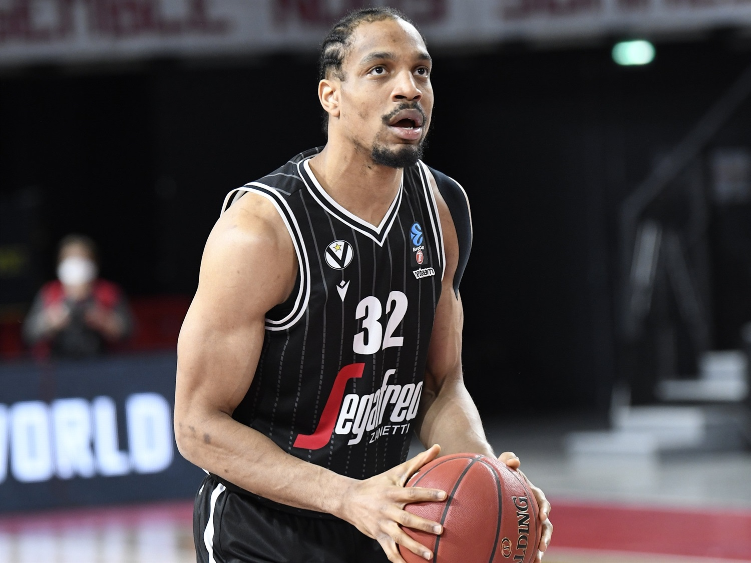 Vince Hunter - Virtus Segafredo Bologna (photo Bourg - Jacques Cormareche) - EC20