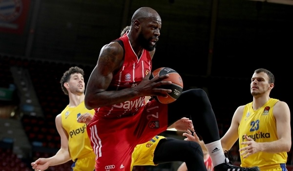 RS26 Report: Bayern fights back to beat Maccabi