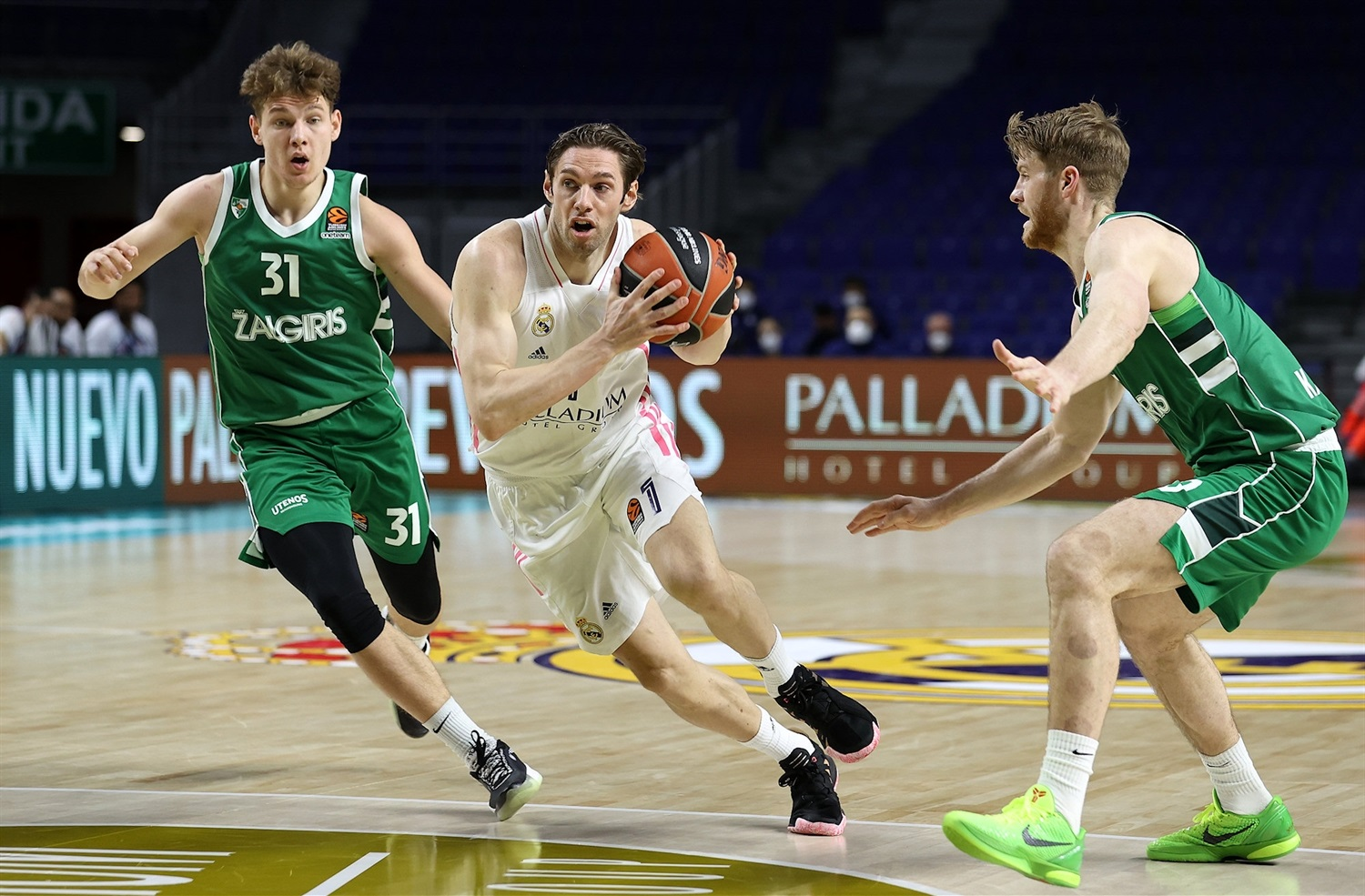 Fabien Causeur - Real Madrid - EB20