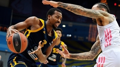 Khimki downs Real to end losing skid
