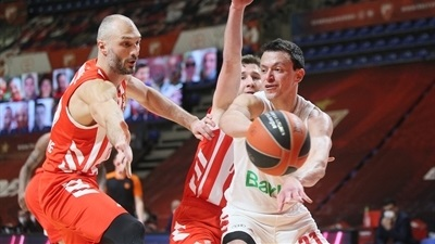 Bayern rallies late to sink Zvezda