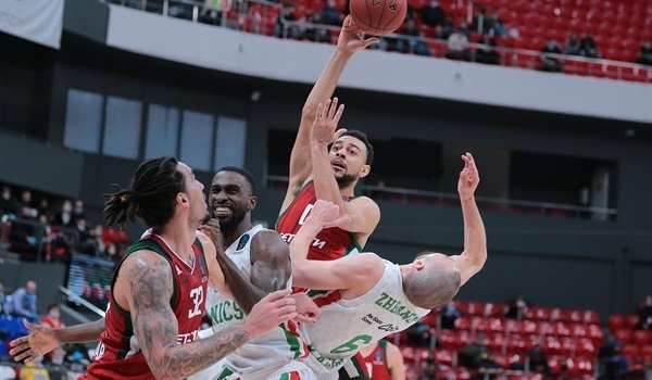 Quarterfinals Round 2 Report: Lokomotiv rolls over UNICS to force Game 3