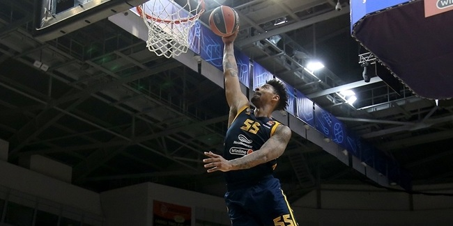 Shved, Mickey granted Khimki a last celebration with its fans