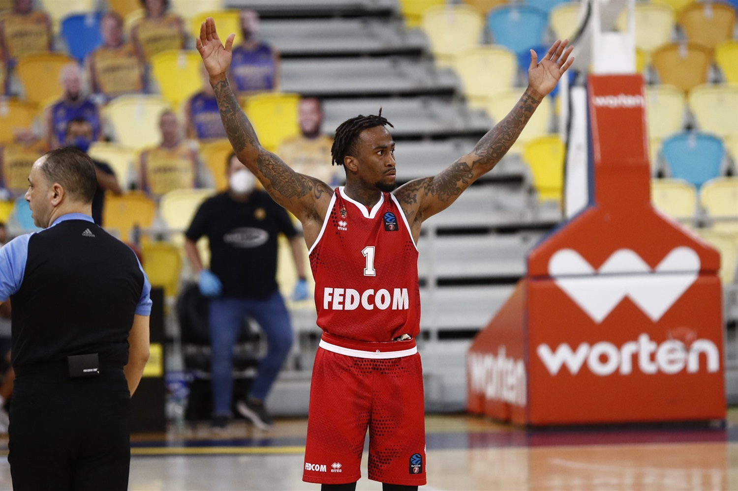Dee Bost celebrates - AS Monaco (photo Fernando Robledano - Gran Canaria) - EC20