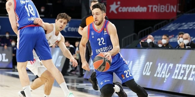 Playoffs Game 1: Anadolu Efes Istanbul vs. Real Madrid
