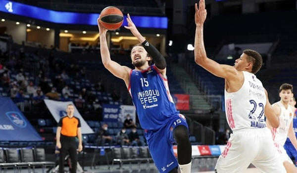 PO Game 1 Report: Efes dominates second half to beat Real