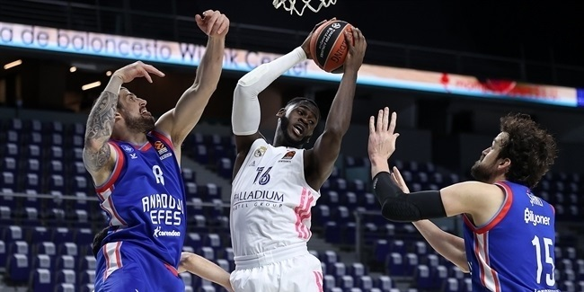 Playoffs Game 4: Real Madrid vs. Anadolu Efes Istanbul
