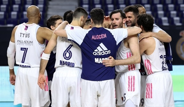 PO Game 4 Report: Real's déjà vu rally evens series with Efes!