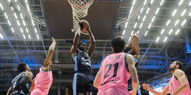 Rebounding dominance sparked Zenit's historic night