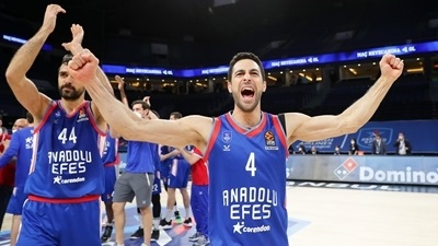 Dogus Balbay, Efes: 'Stay humble and hungry'