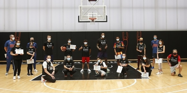 Valencia and One Team changing lives through basketball