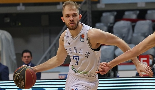 Slask Wroclaw brings Justice to backcourt