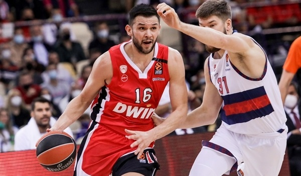 RS1 Report: Olympiacos shuts down Baskonia for emphatic opening win