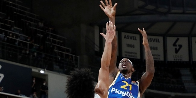 Nunnally stepping up into leadership role for Maccabi
